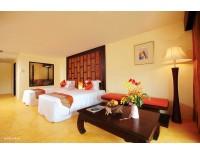 Hotel Takolaburi Cultural Spa & Sport